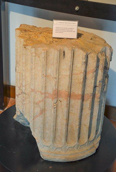 Museo Civico Archeologico Villa di Traiano -Frammento di colonna