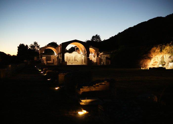 Museo Civico Archeologico Villa di Traiano - Vista notturna del Complesso