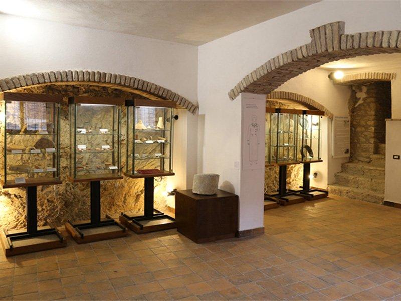 Foto_01: Museo di Riofreddo - Settore Archelogico