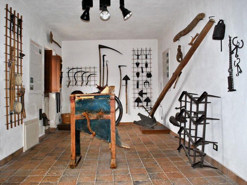 Foto_21: Museo di Riofreddo - Settore Demoetnoantropologico - III sala